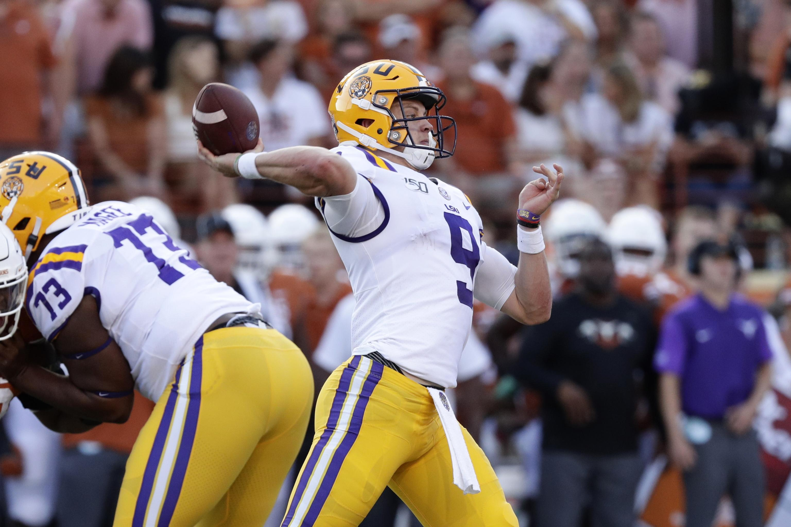 the latest 37fdf acd8b Joe Burrow Throws 4 TDs as No. 6 LSU Outlasts Sam Ehlinger ...