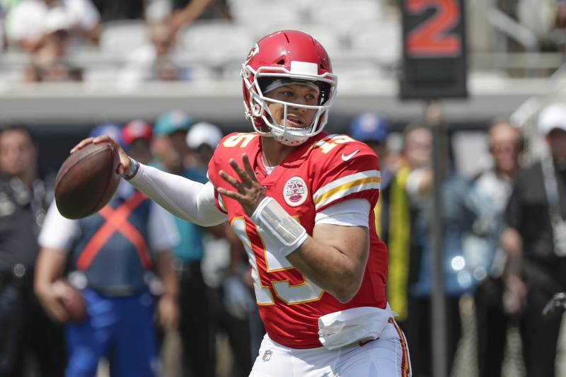 Patrick Mahomes Ankle Injury Diagnosed As Sprain Per