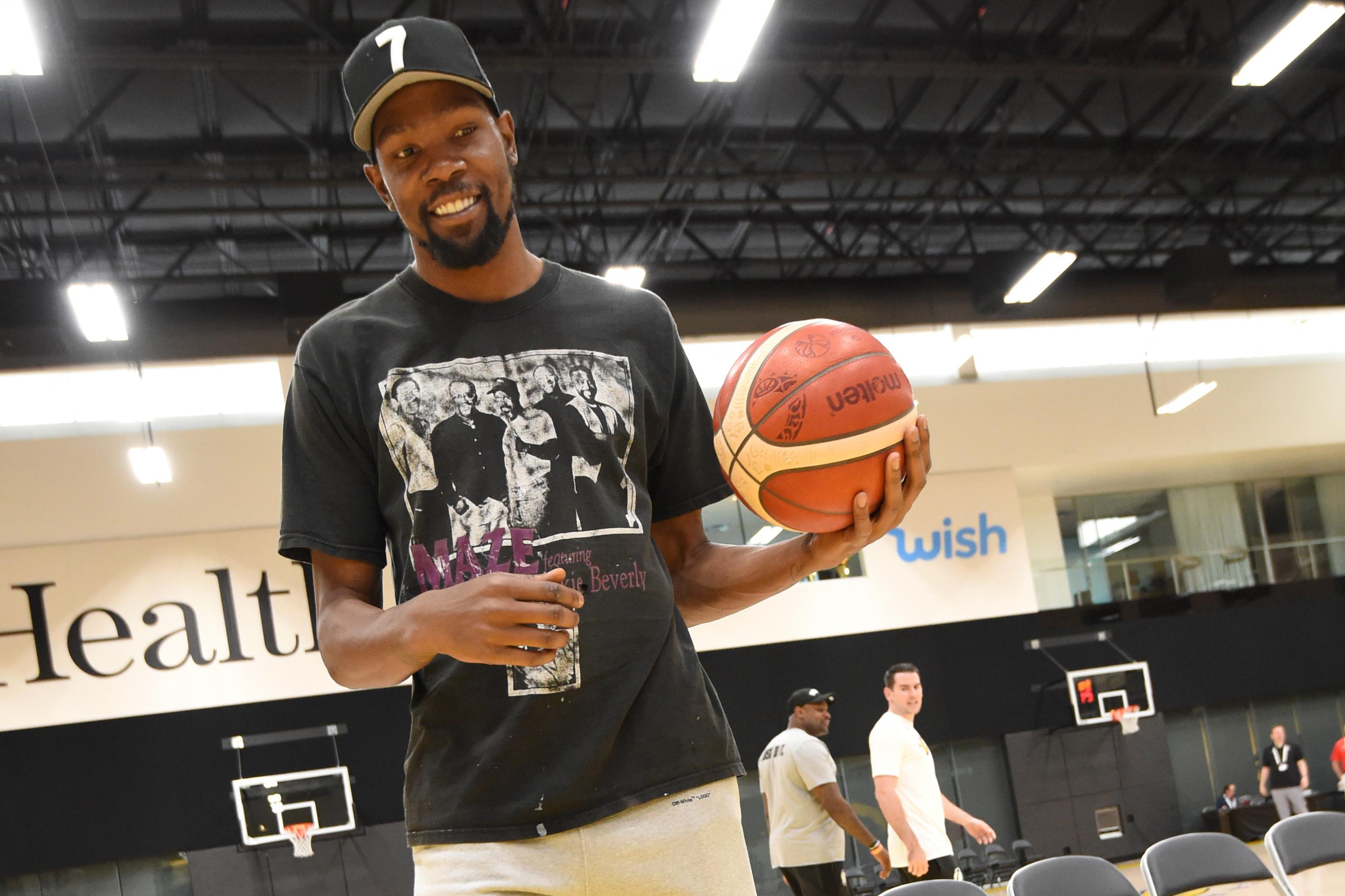 Kevin Durant Talks Relationship with Ex-Warriors Teammates, Joining Nets, More