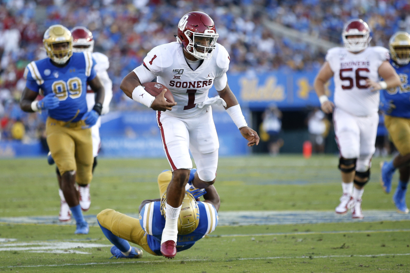Jalen Hurts Adds to Heisman Trophy Resume in No. 5 Oklahoma's Rout over UCLA