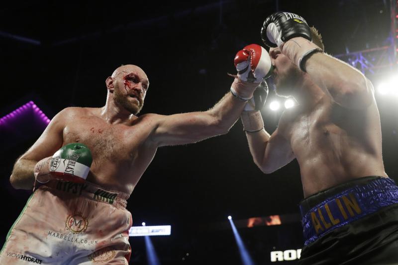 Tyson Fury Beats Otto Wallin Via Unanimous Decision Despite Huge Cut over Eye