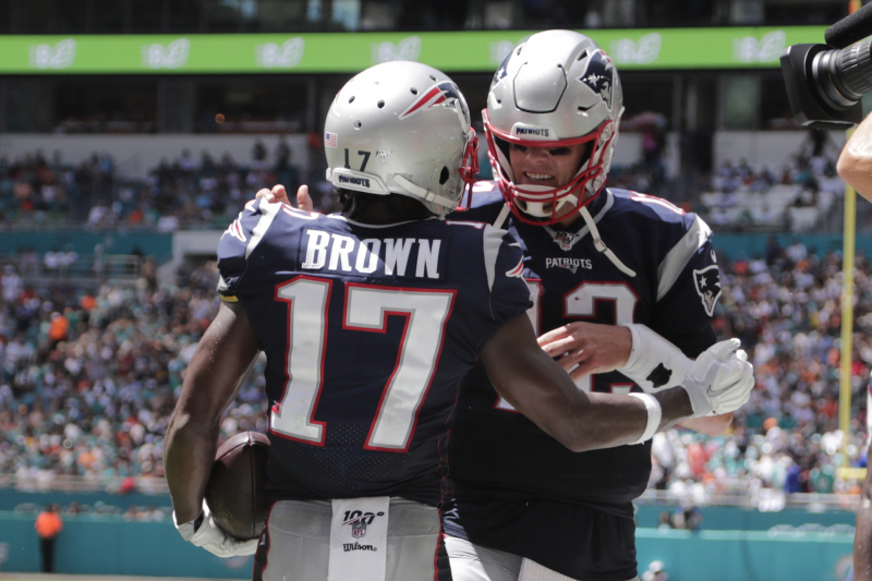 Tom Brady, Patriots Crush Dolphins 43-0 in Antonio Brown's Debut