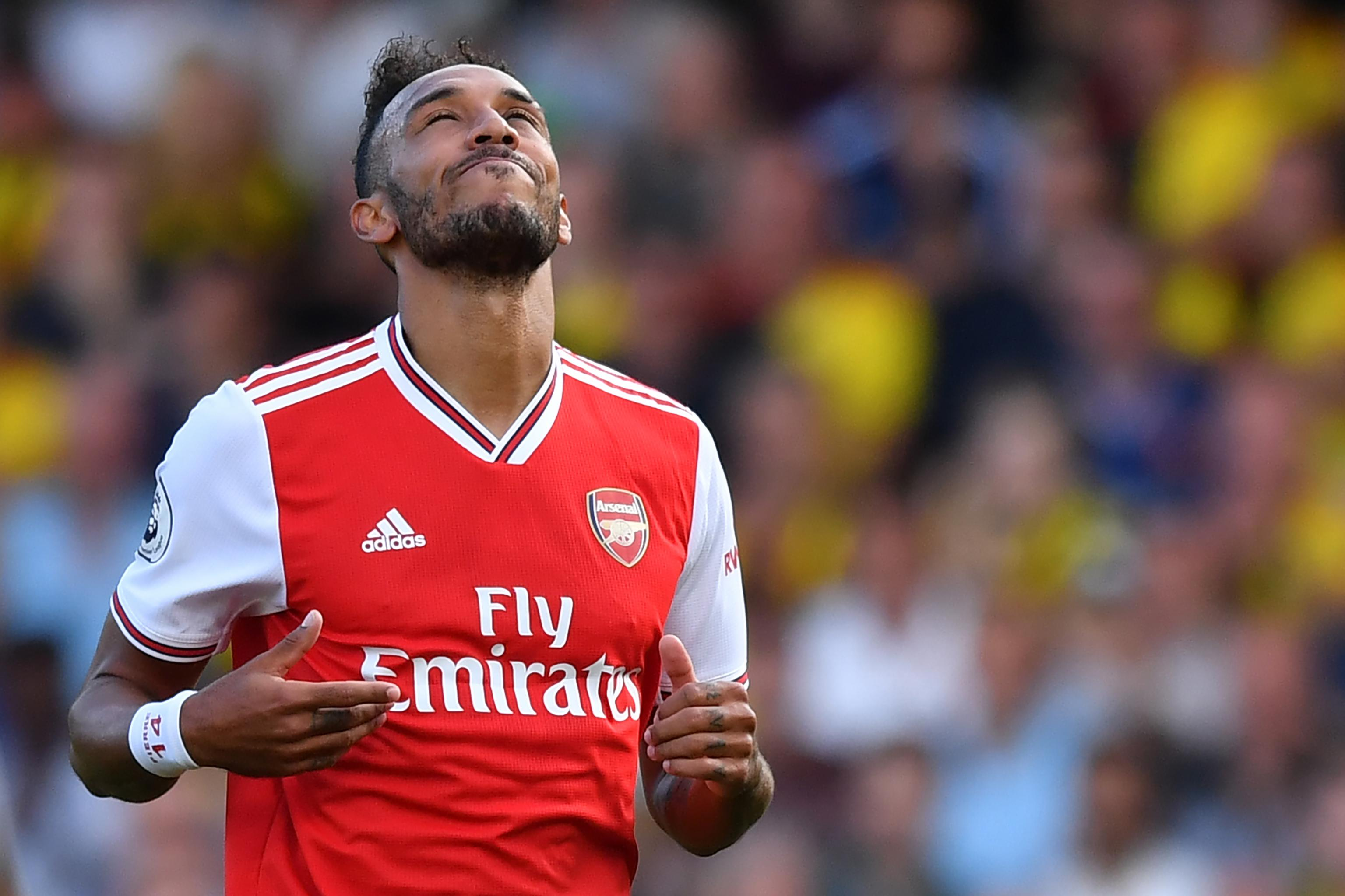 timeless design b6a26 887b6 Pierre Emerick-Aubameyang Criticises Arsenal Defence After ...