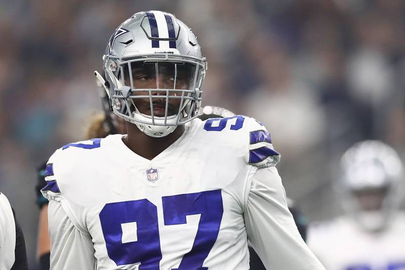 sale retailer 05987 64f5e Cowboys Rumors: Taco Charlton Will Be Released If DAL Can't ...