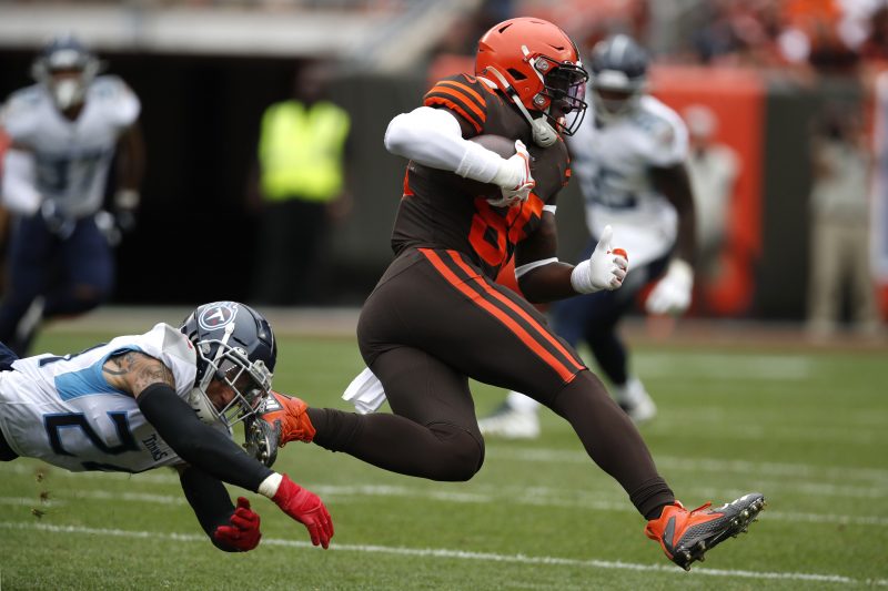 Browns Rumors: David Njoku Could Require Surgery on Wrist Injury