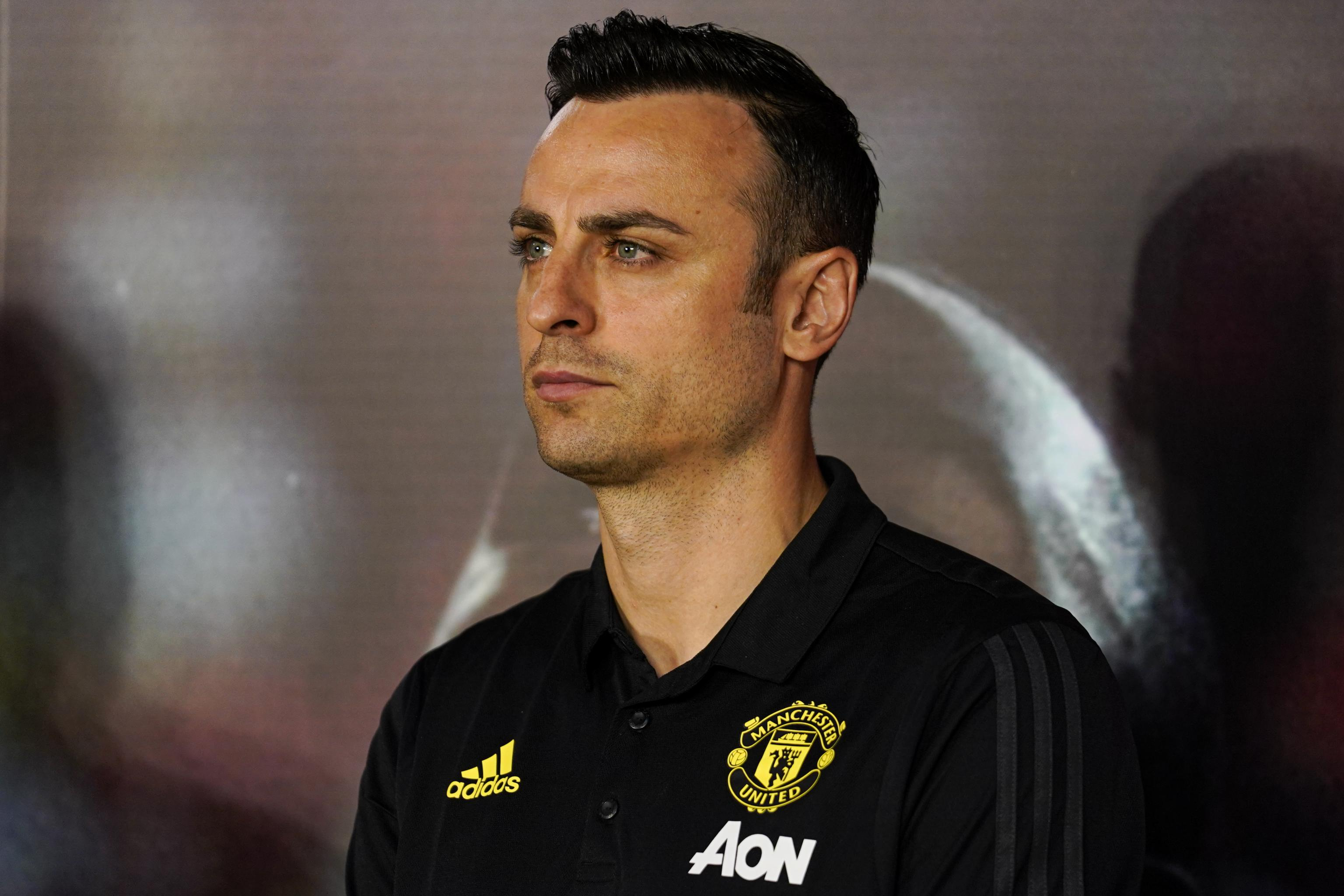 Former Manchester United Striker Dimitar Berbatov Announces Retirement |  Bleacher Report | Latest News, Videos and Highlights