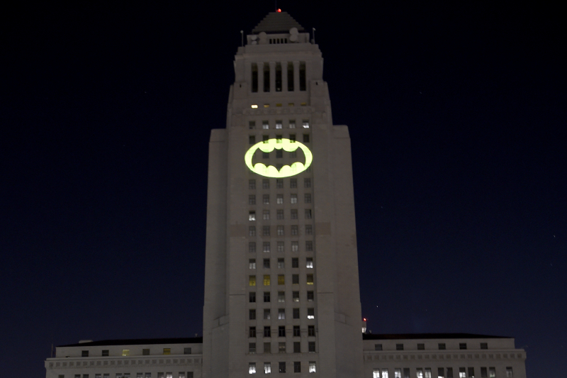 Video: Fortnite x Batman Trailer, Gotham City POI, Skins, More Crossover Details