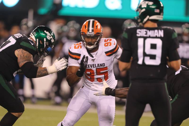 EAST RUTHERFORD, NEW JERSEY - SEPTEMBER 16: Defensive End Myles Garrett #95 of the Cleveland Browns rushes the passer against the New York Jets in the first half at MetLife Stadium on September 16, 2019 in East Rutherford, New Jersey. (Photo by Al Pereira/Getty Images).