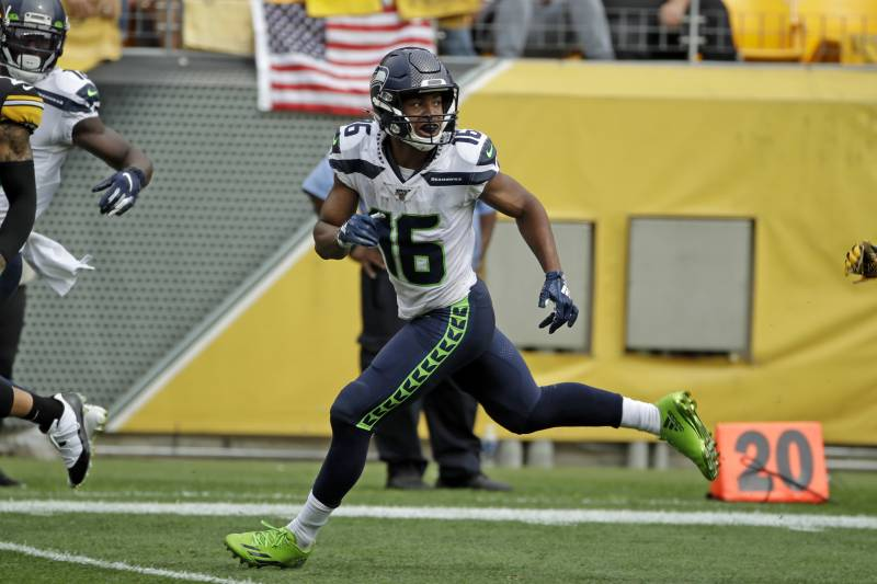 Seahawks Tyler Lockett Spent Night In Hospital After