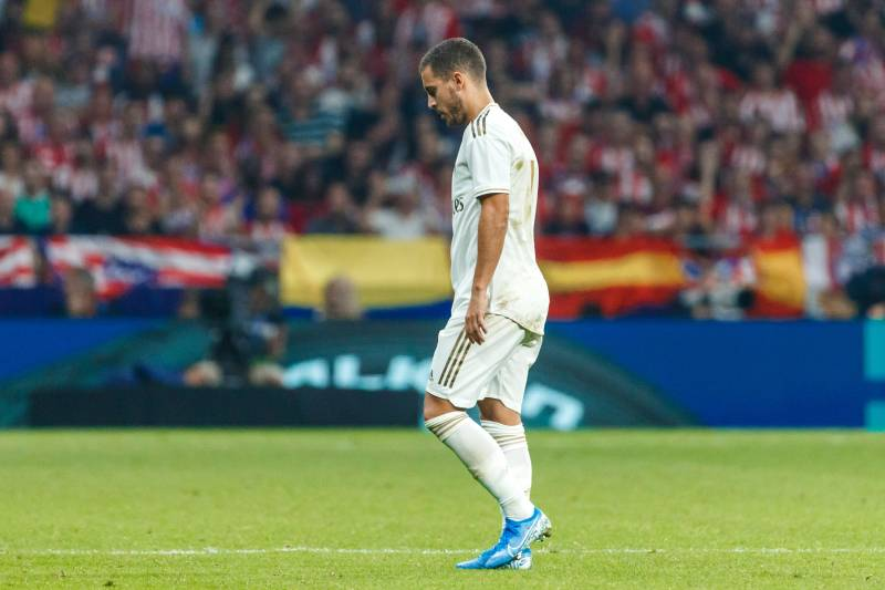 MADRID, SPAIN - SEPTEMBER 28: Eden Hazard of Real Madrid looks dejected during the Liga match between Club Atletico de Madrid and Real Madrid CF at Wanda Metropolitano on September 28, 2019 in Madrid, Spain. (Photo by TF-Images/Getty Images)