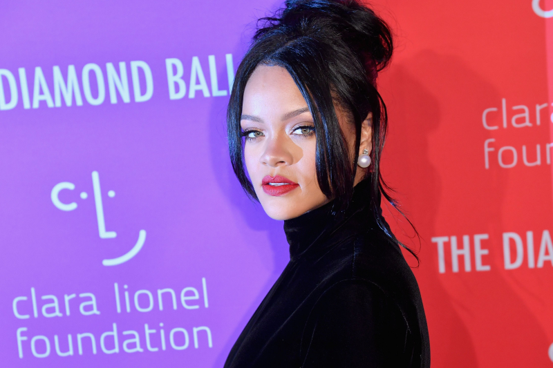 Rihanna Rejected Super Bowl 53 Halftime Show in Solidarity with Colin Kaepernick