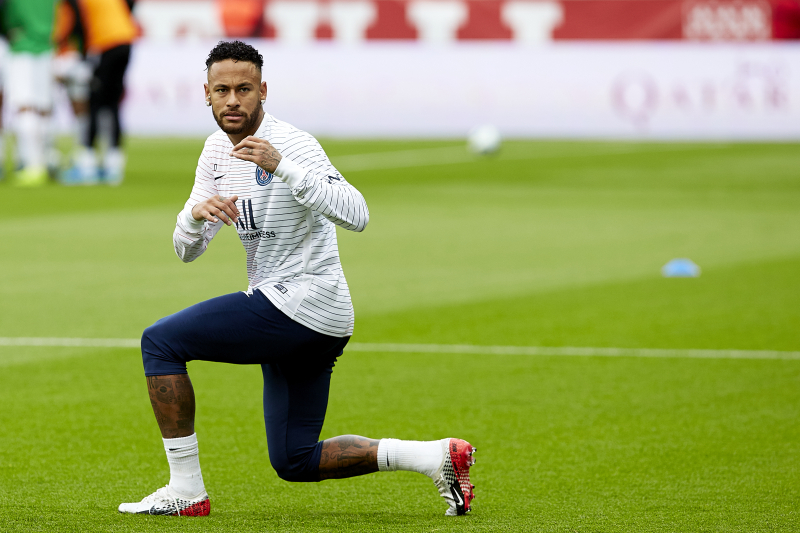 Neymar Will Fight 'Tooth and Nail' for PSG Despite Summer Transfer Desires