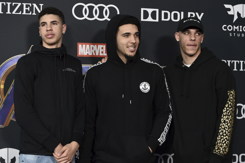 Lonzo Ball Gives LaMelo Advice Ahead of Australia Move in 'Ball in the Family'