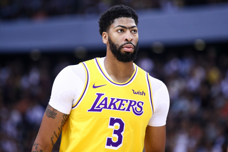 Lakers Rumors: Anthony Davis Not Expected to Play vs. Warriors After Rib Injury