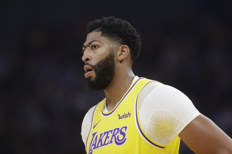 Lakers Rumors: Latest Buzz on Anthony Davis' Injury and Possible Iguodala Trade