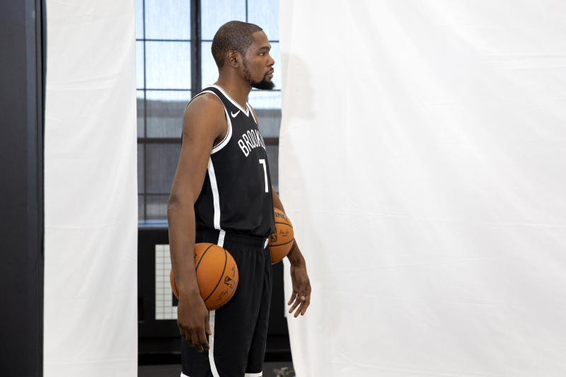 Kevin Durant: 'Who the F--k Wants to Look at Graphs While Having a Hoop Convo?'