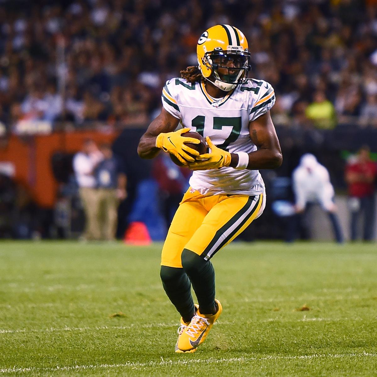 Packers' Davante Adams Ruled Out Vs. Raiders With Turf Toe