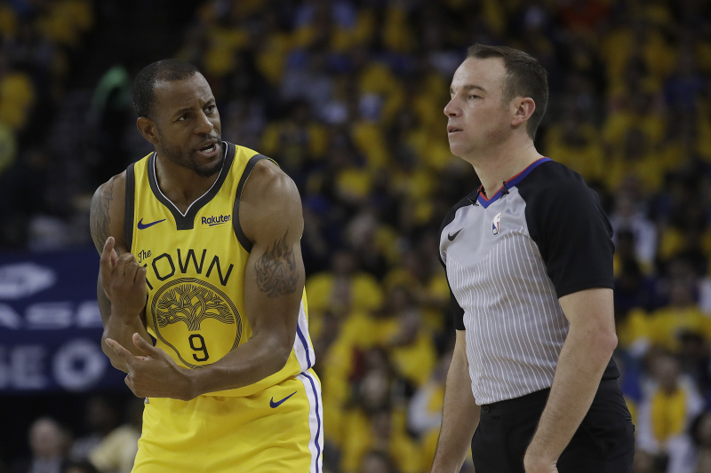 Lakers Rumors: Latest Buzz on Andre Iguodala Trade, New Player Roster Heights