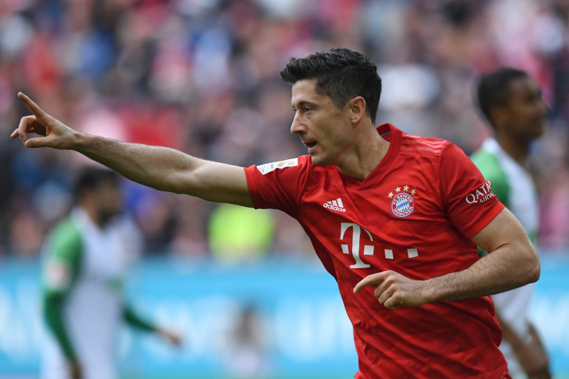 Robert Lewandowski Equals Pierre-Emerick Aubameyang's Bundesliga Scoring Record