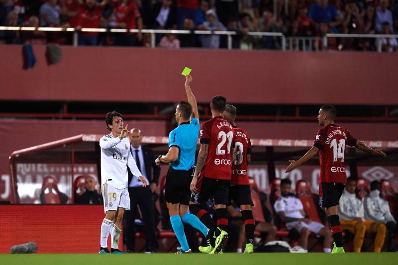 Real Madrid Suffers 1st Loss of La Liga Season in 1-0 Defeat vs. Mallorca