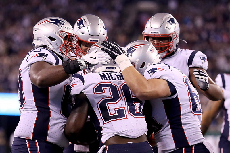 Sony Michel's 3 TDs Lead Tom Brady, Patriots to 33-0 Win vs. Sam Darnold, Jets