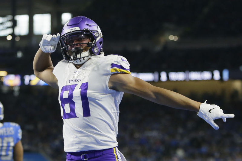 NFL Predictions Week 8: Vegas Odds, Spreads and Picks for All Games