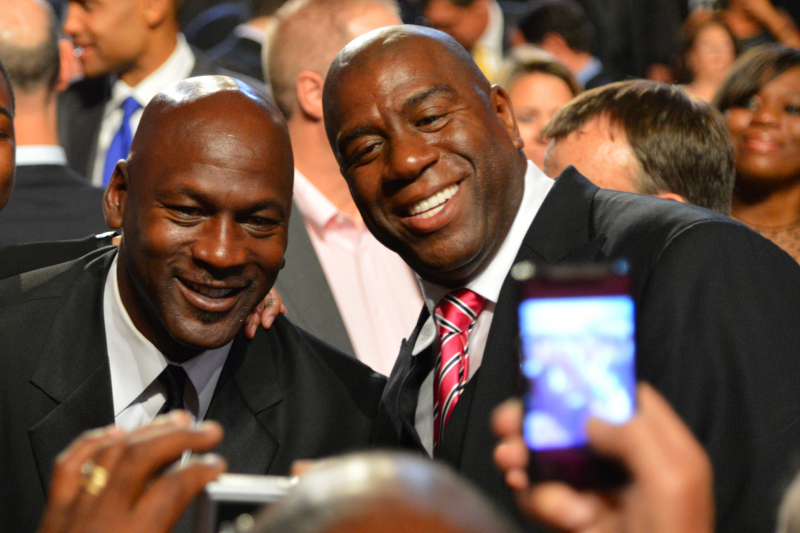 Magic Johnson Defends Michael Jordan Saying Stephen Curry Isn't a Hall of Famer