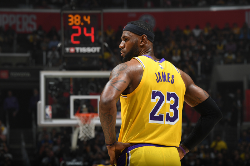 LeBron, AD Could Be NBA's Best Duo, But Lakers' Flaws Are Painfully Clear