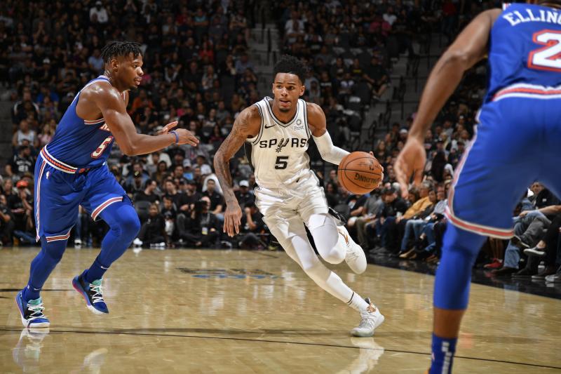 RJ Barrett Electric, But Balanced Spurs Beat Knicks in Season Opener