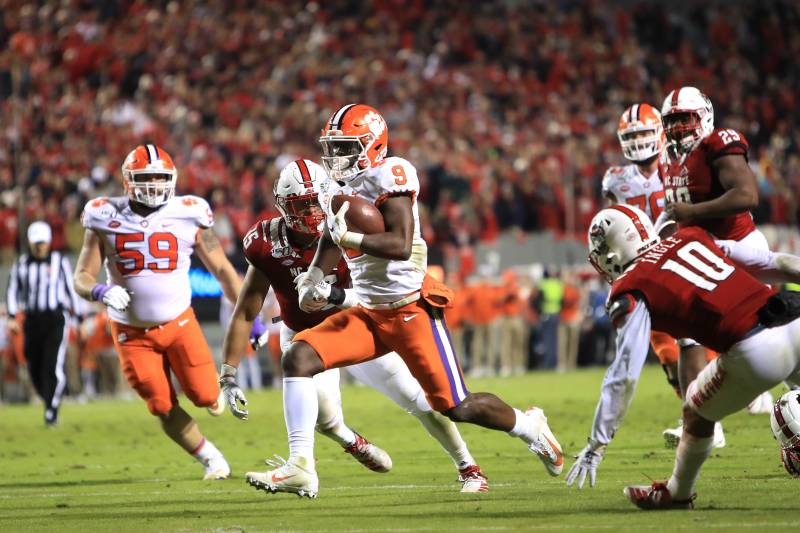 Trevor Lawrence Throws 3 Tds As No 5 Clemson Steamrolls Nc