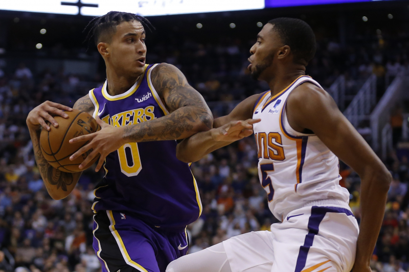 Anthony Davis, Kyle Kuzma Power Lakers Past Devin Booker, Suns
