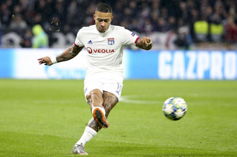 Lyon's Juninho Confirms Manchester United Have First Option on Memphis Depay