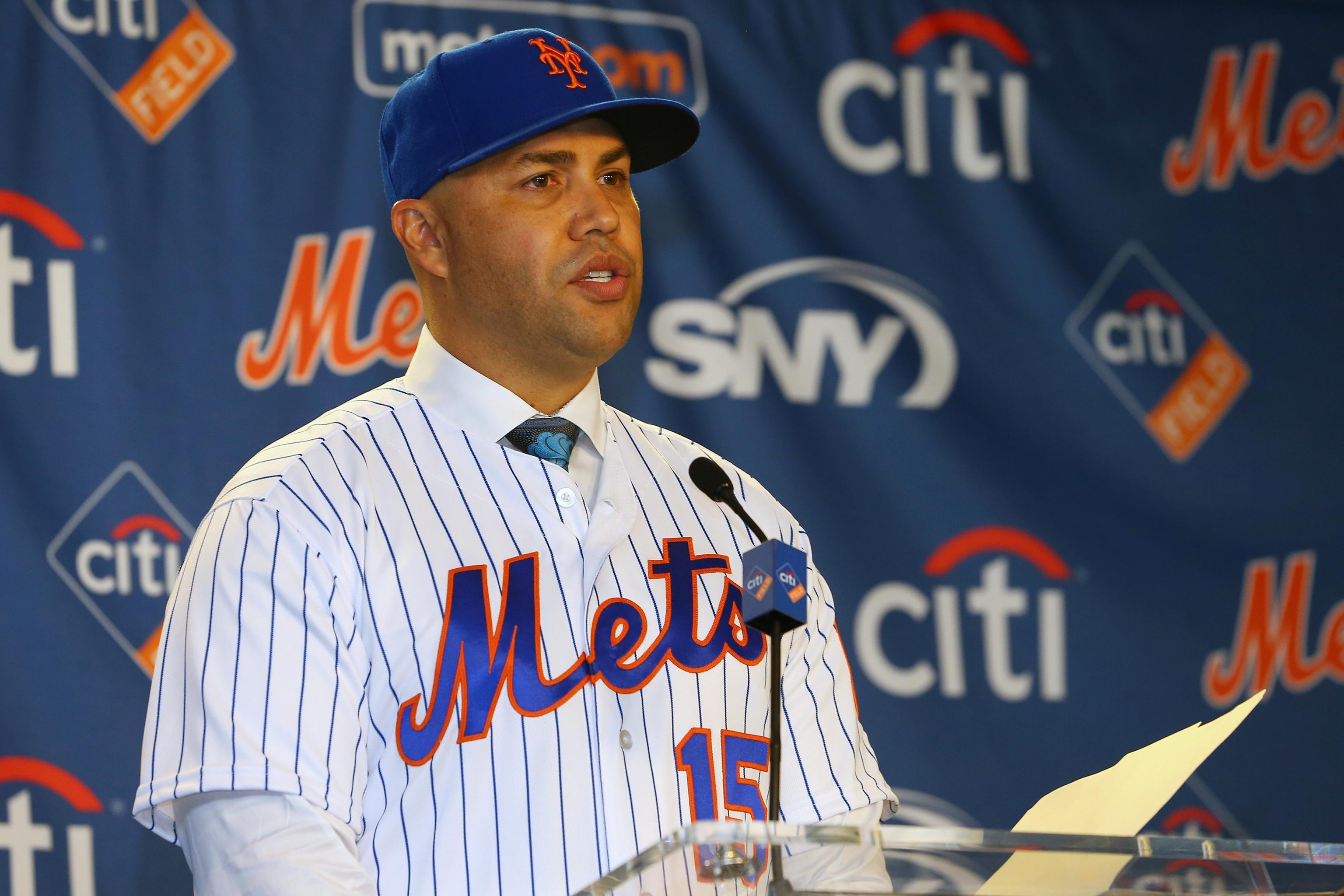 Report Alex Cora Carlos Beltran Linked To Astros Sign