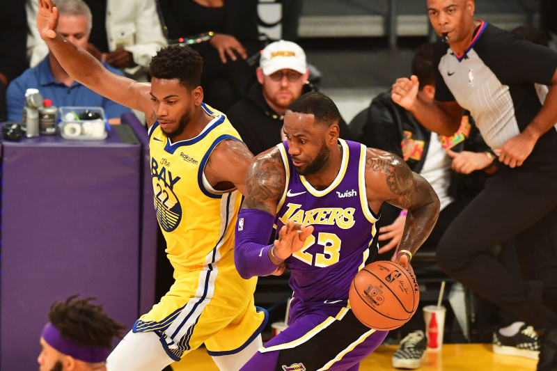 Lakers' LeBron James Says It's Not Weird to Play Injury-Plagued Warriors