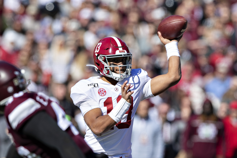 Tua Tagovailoa Tweets 'God Always Has a Plan' After Season-Ending Hip Injury