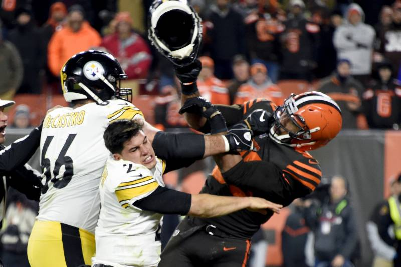 Glazer Myles Garrett Remorseful For Fight Browns Shut