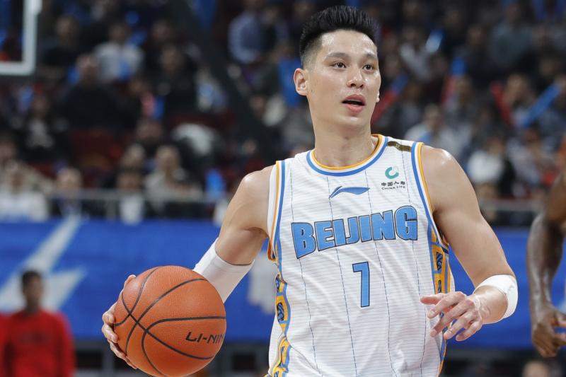 Jeremy Lin Drops 16 Points as Beijing Ducks Top Beijing Royal Fighters 87-79