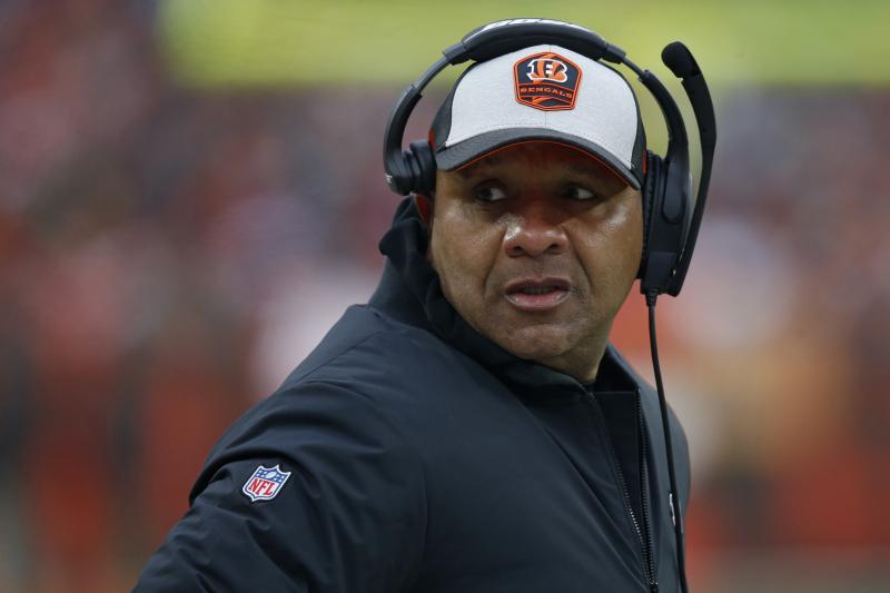 Hue Jackson Felt 'Obligation' to NFL to Back out of Colin Kaepernick Workout