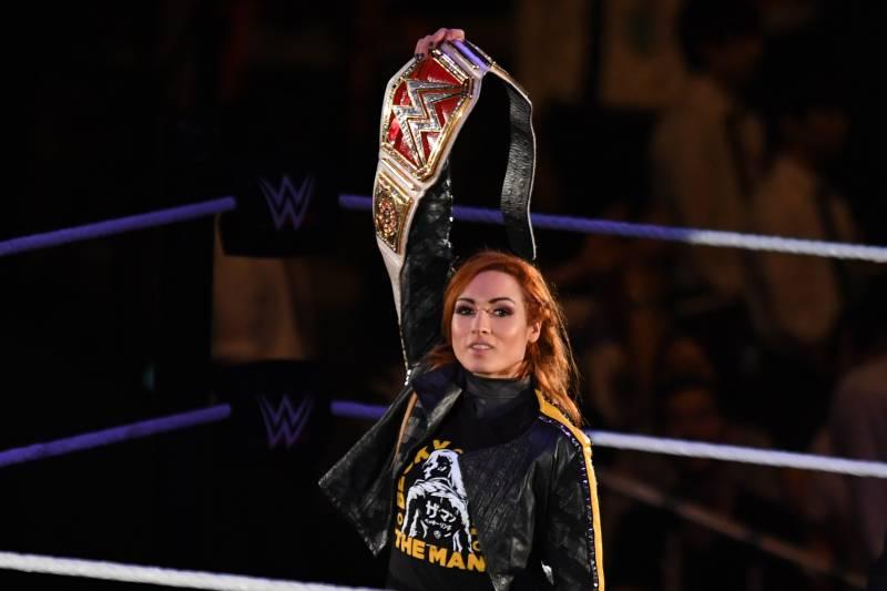 Becky Lynch Wrestles Rhea Ripley Attacked By Shayna Baszler