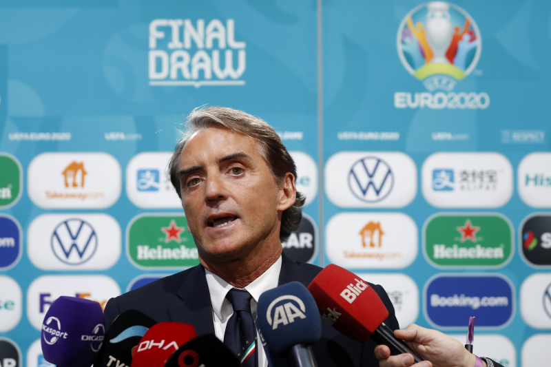 Roberto Mancini Says Italy 'Are Not the Favourites' After Euro 2020 Draw