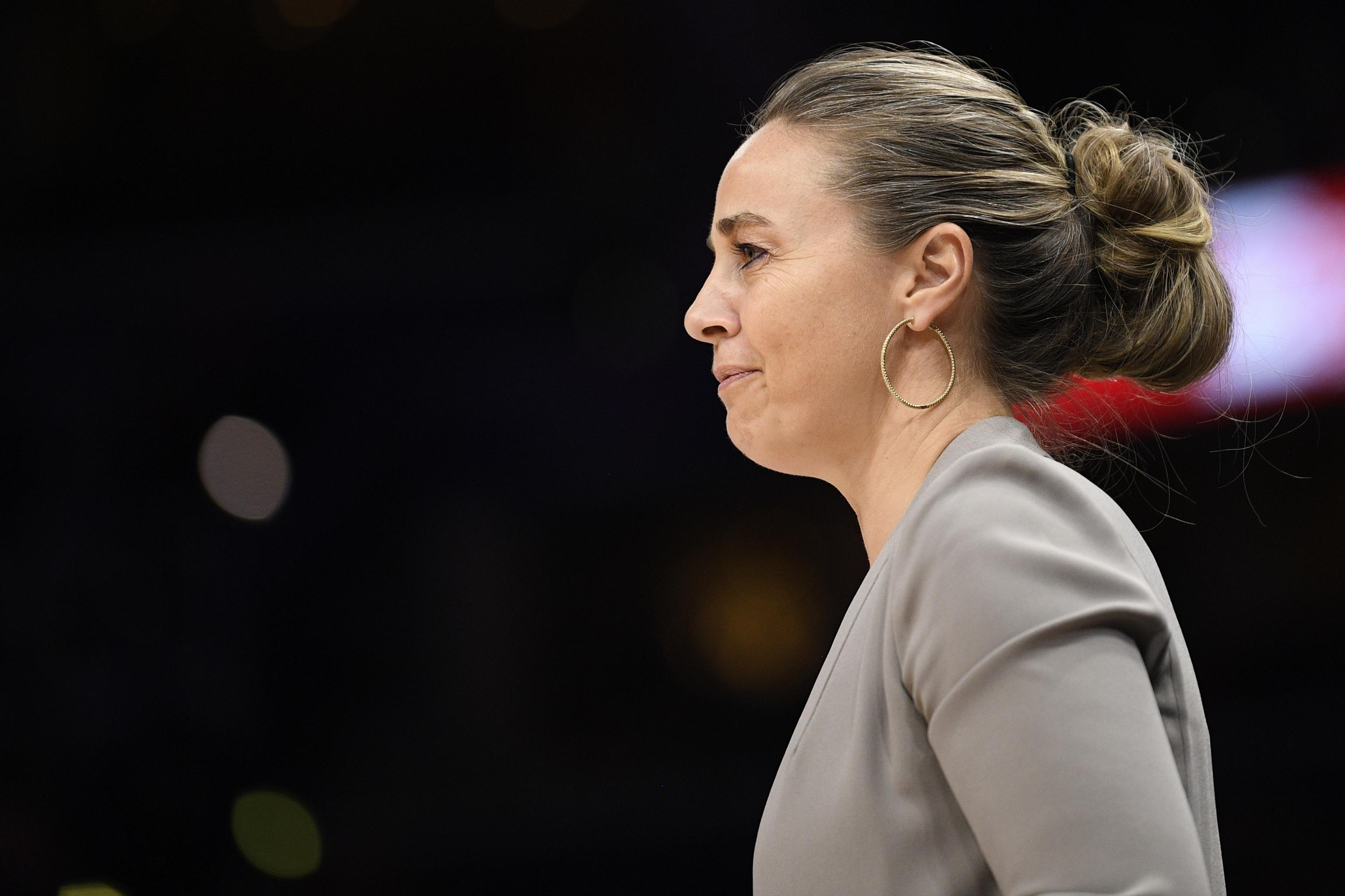 Knicks Rumors: Spurs' Becky Hammon Interested in Head Coaching Position