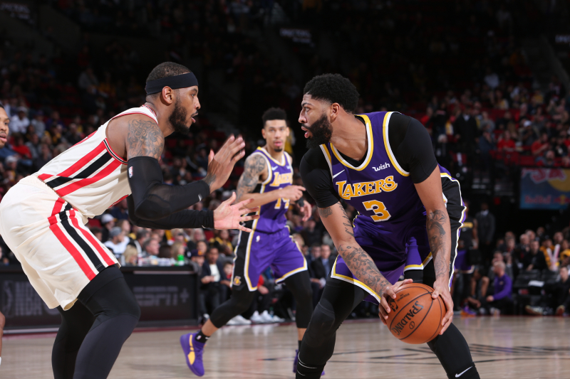 LeBron James, Anthony Davis Lead Lakers to Win over Carmelo Anthony's Blazers