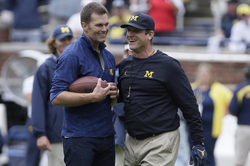 Look: Patriots' Tom Brady, Chase Winovich Wear OSU Gear to Pay Off Michigan Bet