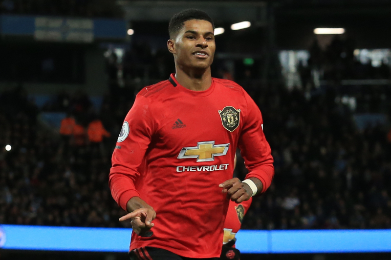 Manchester United Fend Off Manchester City for Nervy 2-1 Derby Win