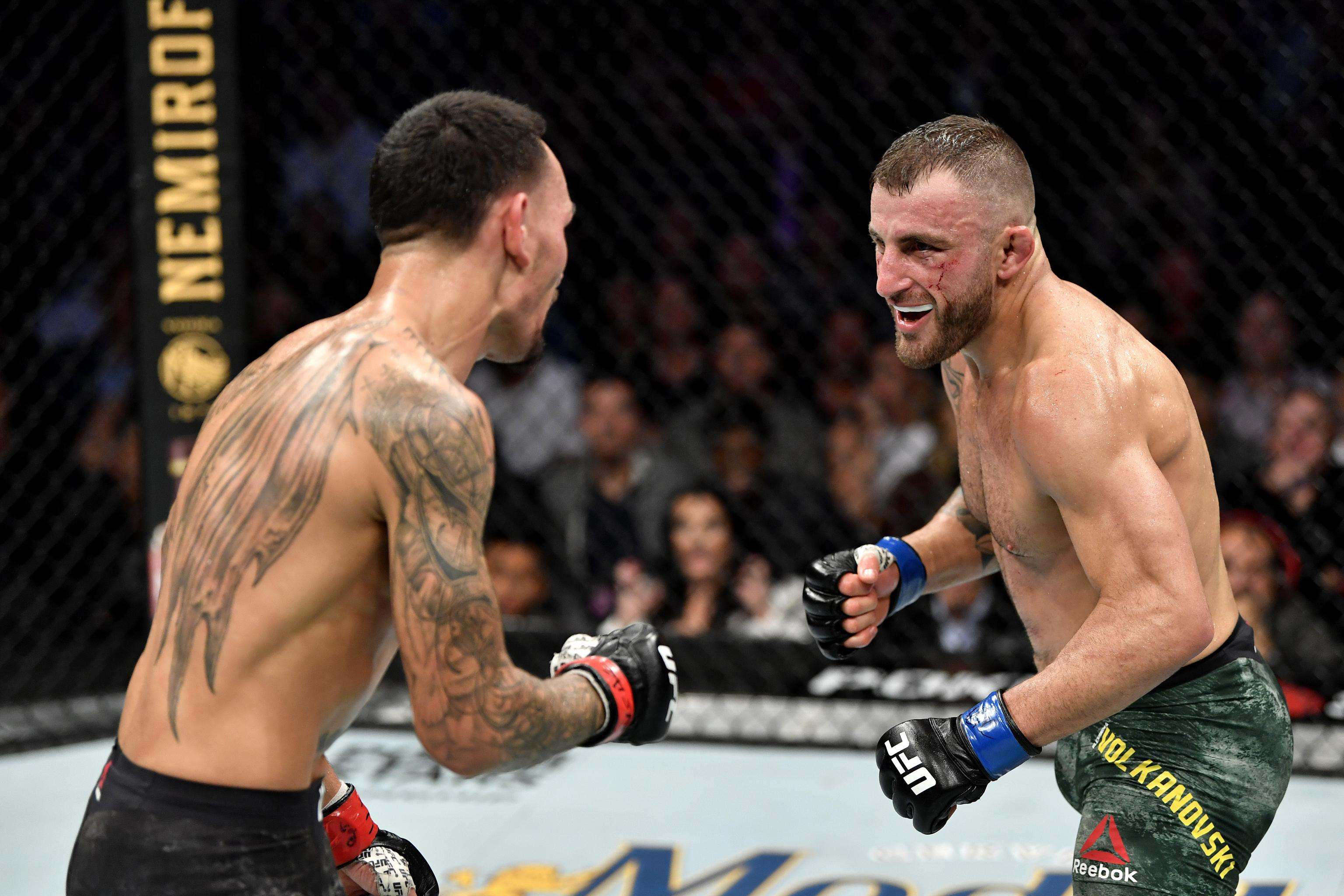 Alexander Volkanovski Defeats Max Holloway by Unanimous Decision ...