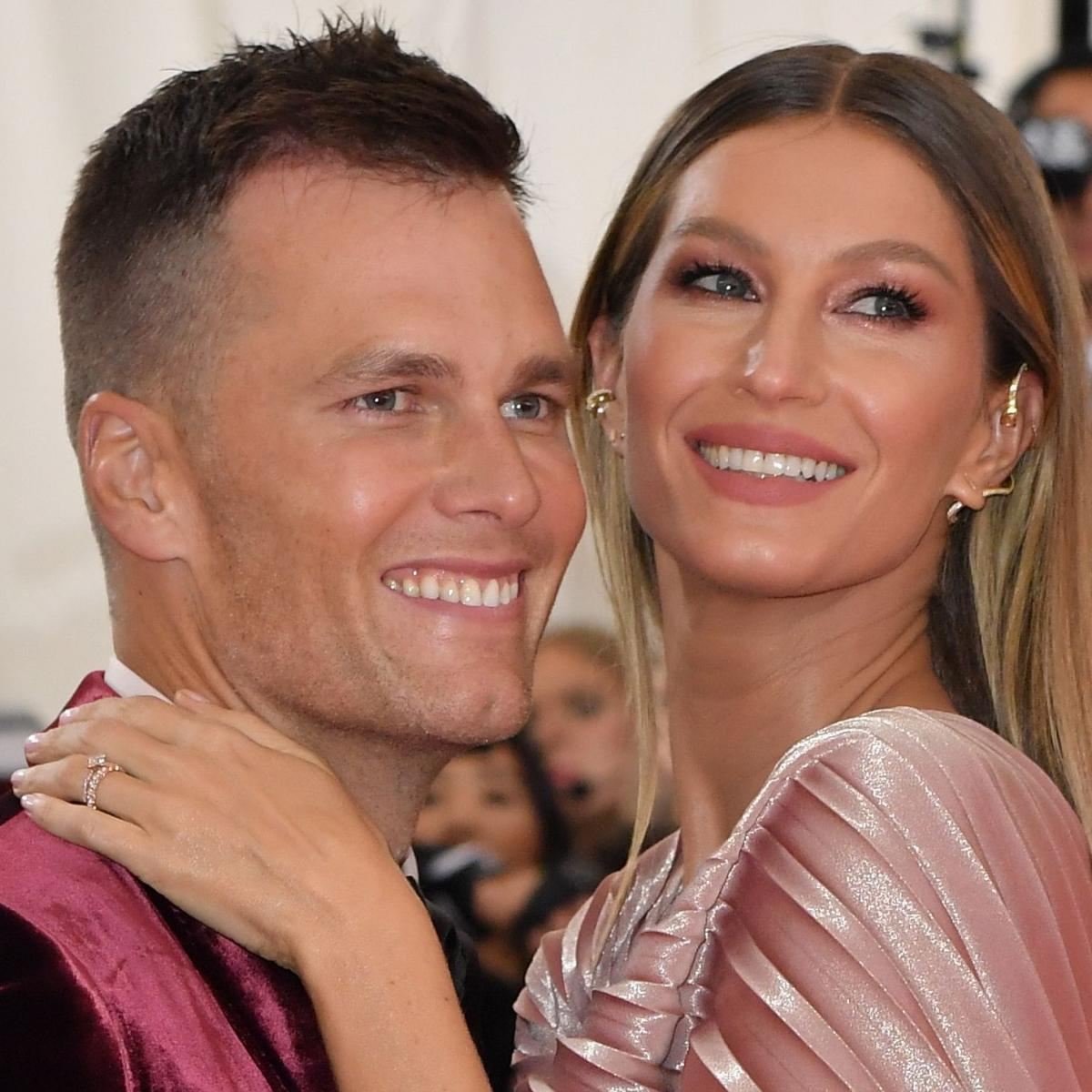 Tom Brady, Wife Gisele Want $33.9M for Massachusets Estate Amid Contract Rumors