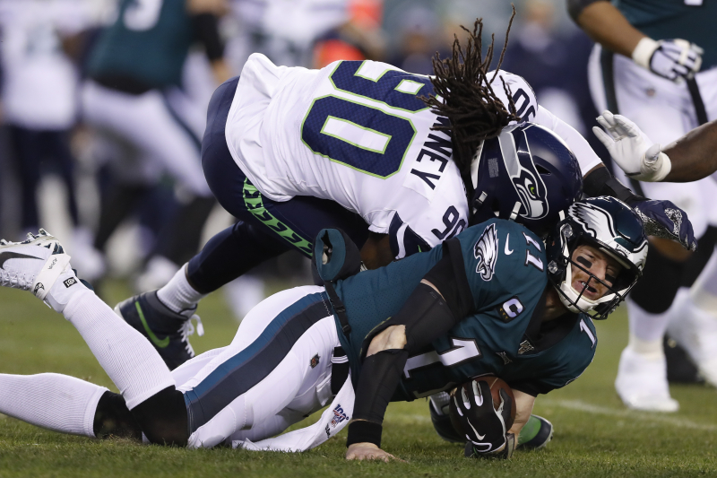 NFL's Top Doctor: Eagles' Carson Wentz 'Heroic' for Reporting Concussion