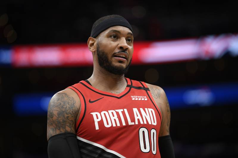 Video: Trail Blazers' Carmelo Anthony Gifts Single Mother in ...