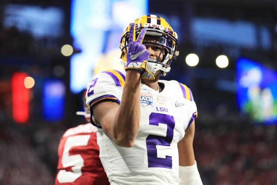 WR Justin Jefferson Went from a 2-Star Recruit to Torching LSU's Record Books