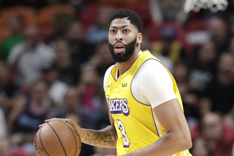 Lakers Rumors: Anthony Davis Could Return from Tailbone Injury vs. Rockets